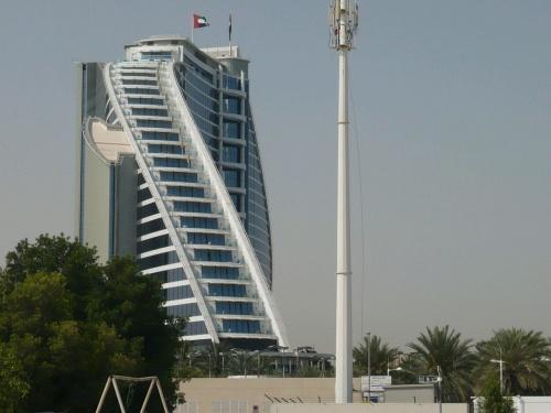 13 Dubai Hotel neben Burj Al Arab