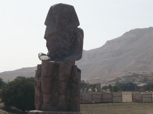 93 Luxor Statuen v. Amenophis III _1