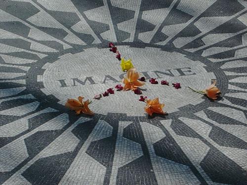 John Lennon CentralPark NewYork