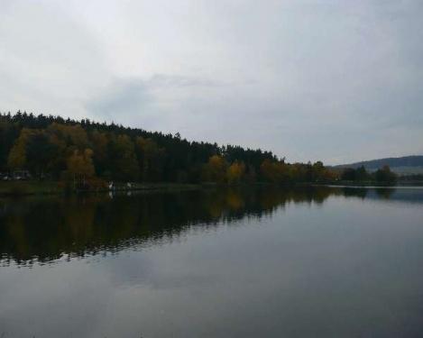 Herbst am Stausee Hohenfelden