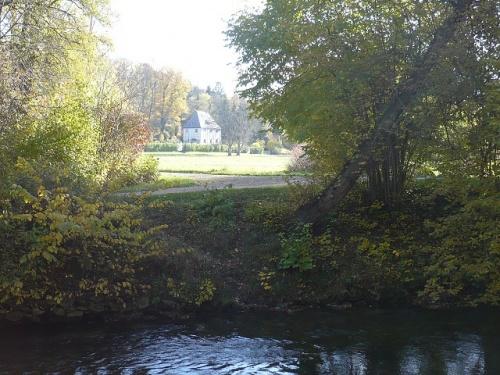 Varianten -2- Goethes Gartenhaus im Herbst