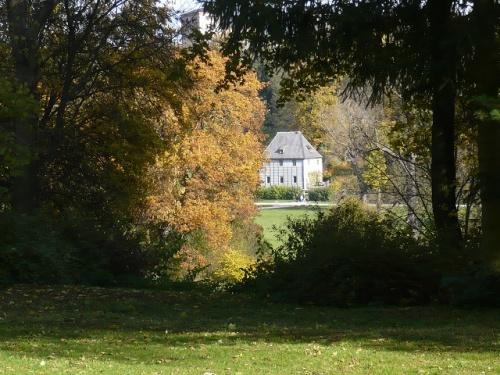 Varianten -4- Goethes Gartenhaus im Herbst