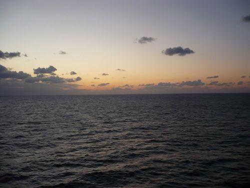 018 Meeres-Impression am Abend
