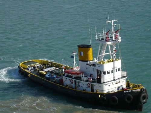 062 KATAKOLON Lotse an Bord