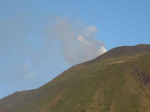 111 Vulkaninsel STROMBOLI 2