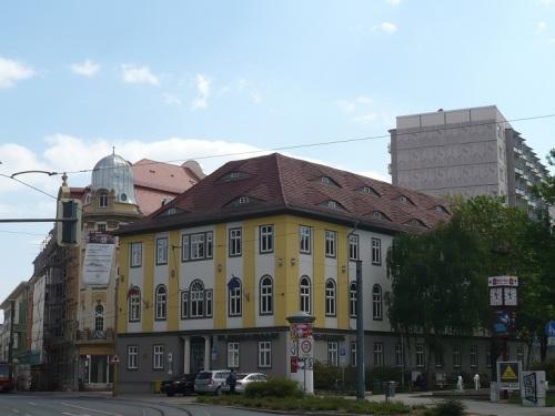 Karl-Marx-Platz / Neuwerkstraße