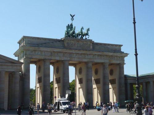 Urlaub bei Berlin 054 _ Besuch in Berlin_ Brandenburger Tor 1