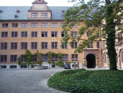Würzburg 085 - Impressionen - Alte Uni