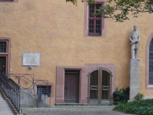 Würzburg 084 - Impressionen - Alte Uni