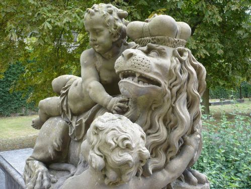 Würzburg 073 - Impressionen - Residenz-Garten