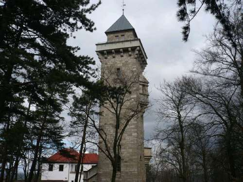2 Alteburgturm