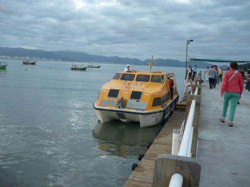 079 6.KSF Anfahrt mit Tenderbooten