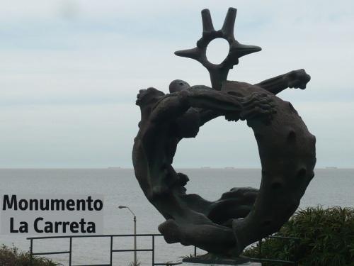 053 6.KSF MONTEVIDEO _ Plaza de la Armada