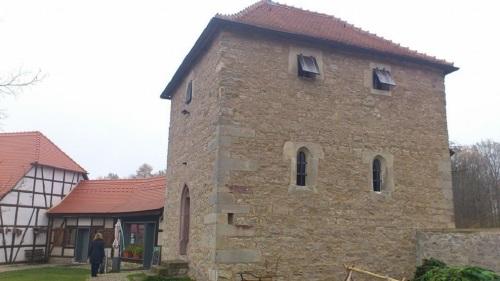 Willroder Forst _ Kapelle Nebengelasse
