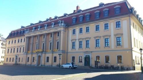 Weimar Parlamentsgebäude _MusikHochschule