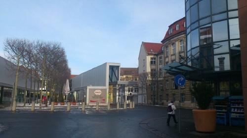 Willy-Brandt-Platz / Busbahnhof