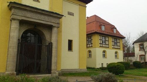 Tettaustraße  Christus-Kirche Teilansicht