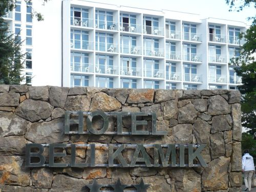 004a Njivice _Hotel