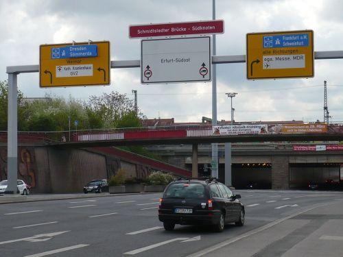 Schmidtstedter Brücke südwärts