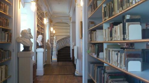 Weimar 05 Anna-Amalia-Bibliothek Rokokosaal 2