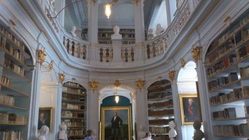 Weimar 04 Anna-Amalia-Bibliothek  Rokokosaal 1