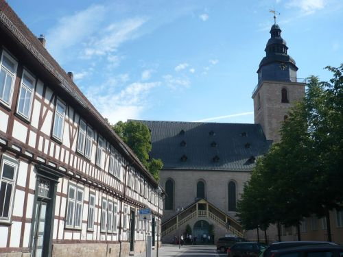 Sondershausen 33 Pfarrstraße m.Trinitatiskirche