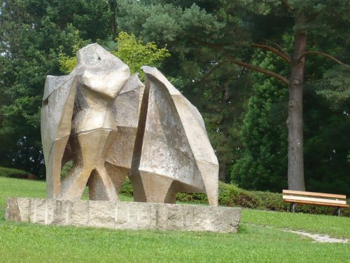 2014.08.11. 16 Zw.-Stopp i. BAYREUTH Skulptur i. Park