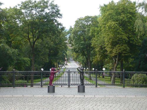 2014.08.11. 07 Zw.-Stopp i. BAYREUTH Blick v. Eingang
