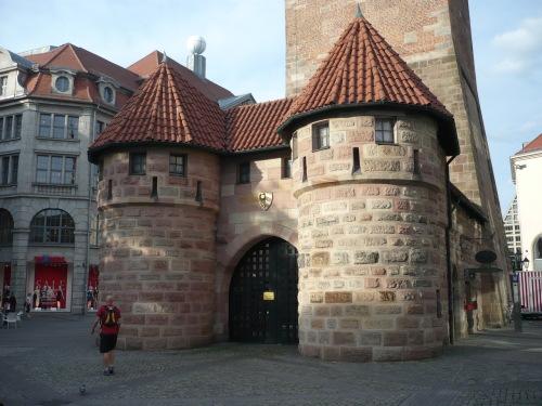 Nürnberg 044 Altstadt-Impression_Weisser Turm