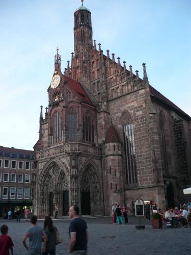 Nürnberg 042 Altstadt-Impression_Frauenkirche