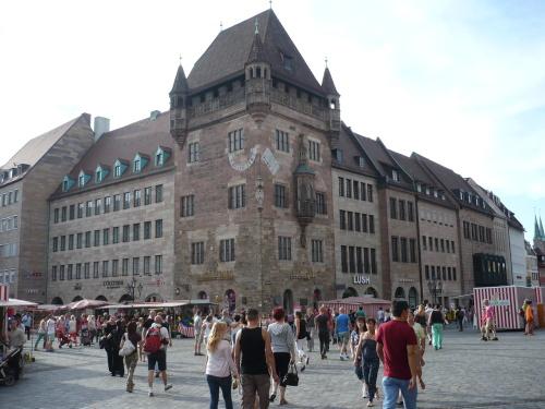 Nürnberg 039 Altstadt-Impression_NassauerHaus