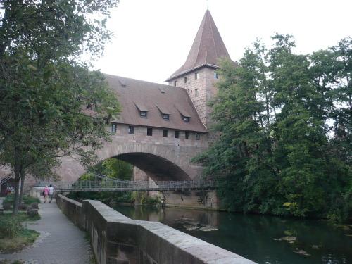 Nürnberg 034 Kettensteg ü. Pegnitz