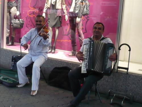 Nürnberg 022 Sraßenmusiker i. Königstraße