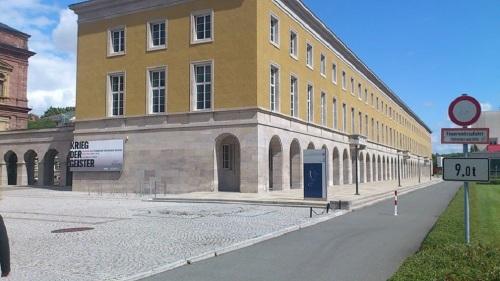 Weimar Weimarplatz ThürVerwaltungsAmt
