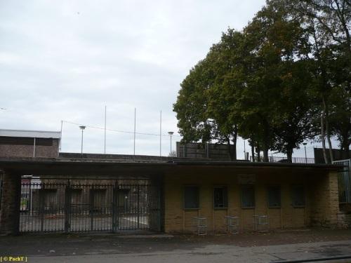 SteigerWaldStadion EF 08 rt. Eingang v. Südpark
