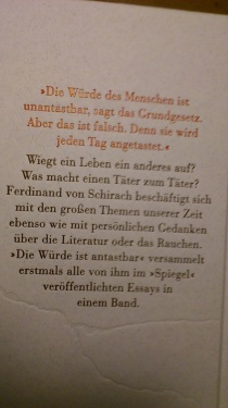 2014.10.24 BuchLesung F.v.Schirach 06 Sein Buch