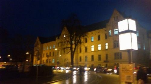 Domplatz Landgericht am Abend