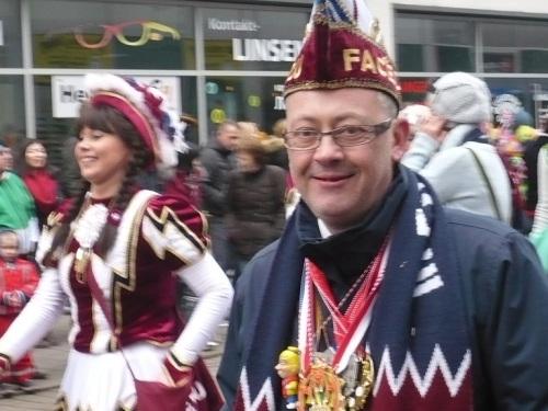 2015.02.15 GEC-KarnevalsUmzug 19 Mein VereinsPräsident