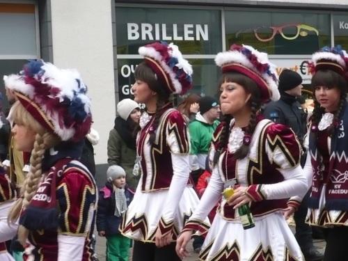 2015.02.15 GEC-KarnevalsUmzug 18 Mein Verein Seine Garde