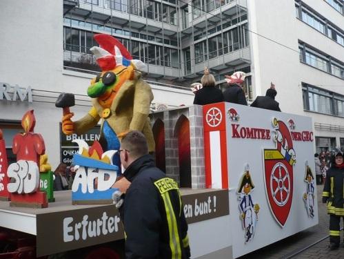 2015.02.15 GEC-KarnevalsUmzug 06 Puffbohne karnevalistisch
