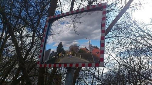 Frühling im Spiegel