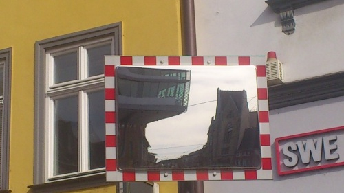 Anger _  modern u. alt _ im Spiegel