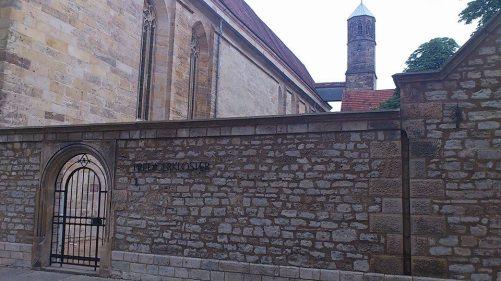 PredigerKirche mit Turm u. Klostereingang