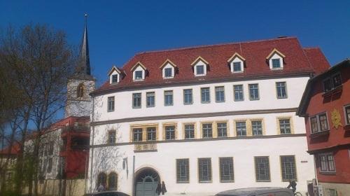 Comthurgasse mit Comthurhof u. Nikolaiturm