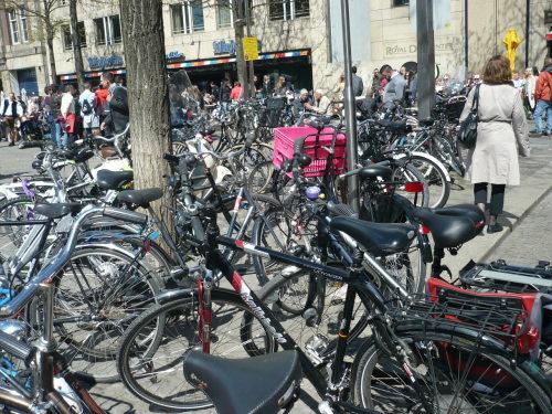 2015.04.30 - 05.03._106 AMSTERDAM StadtBilder Fahrräder