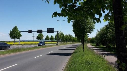 Weimarische Straße _ stadtauswärts B7