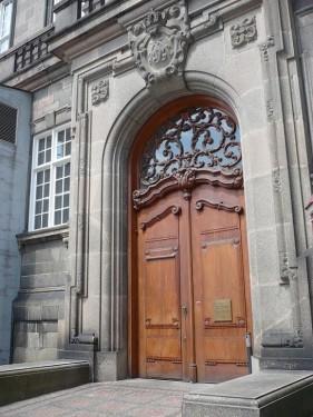 023_7.KreuzSchiffFahrt Schloss 02
