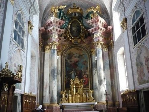051 KLAGENFURT Domkirche Altarraum