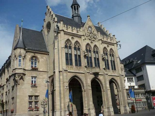 ERFURT - Fischmarkt  Rathaus