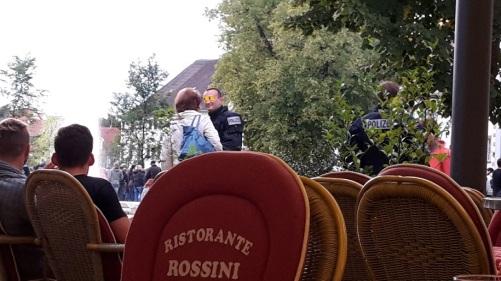 2015.09.16 AfD will Zeichen setzen, aber ... 08 Kein Durchkommen